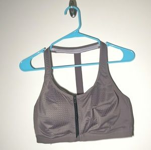 •Victoria Sport• Knockout Front Close Sports Bra